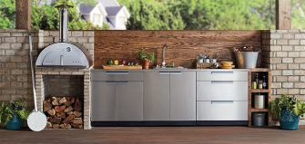 You will enjoy having an open kitchen to entertain you.
