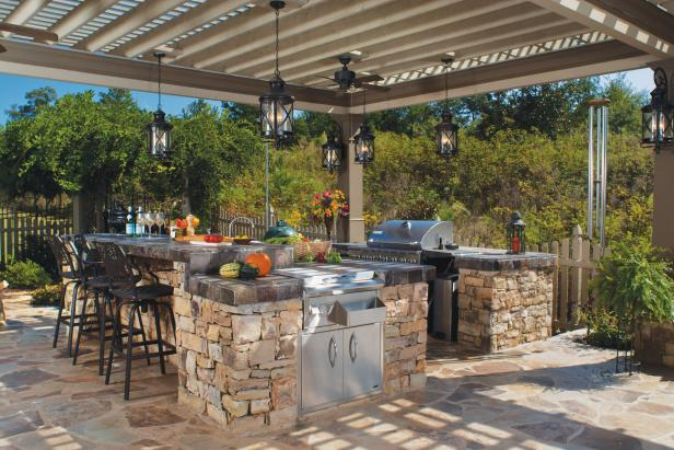 outdoor kitchens include